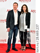 Купить «Assassin's Creed photocall held at Claridges. Featuring: Marion Cotillard, Michael Fassbender Where: London, United Kingdom When: 08 Dec 2016 Credit: Daniel Deme/WENN.com», фото № 28669237, снято 8 декабря 2016 г. (c) age Fotostock / Фотобанк Лори