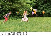 Купить «happy kids playing tag game at birthday party», фото № 28675113, снято 27 мая 2018 г. (c) Syda Productions / Фотобанк Лори