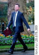 Купить «Jeremy Wright QC, Attorney General, attending the weekly Cabinet meeting at 10 Downing Street, London. Featuring: Jeremy Wright Where: London, United Kingdom When: 13 Dec 2016 Credit: WENN.com», фото № 28678389, снято 13 декабря 2016 г. (c) age Fotostock / Фотобанк Лори