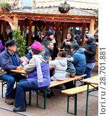 Купить «Crowds flock to Hyde Park's Winter Wonderland attraction on New Years Eve Featuring: Atmosphere Where: London, United Kingdom When: 31 Dec 2016 Credit: WENN.com», фото № 28701881, снято 31 декабря 2016 г. (c) age Fotostock / Фотобанк Лори