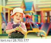 Купить «two-year child at playground», фото № 28703177, снято 16 мая 2012 г. (c) Яков Филимонов / Фотобанк Лори