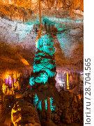 Купить «Stalactite cave Sorek in Israel, Beit Shemesh district, Judean mountains», фото № 28704565, снято 9 июня 2018 г. (c) Наталья Волкова / Фотобанк Лори
