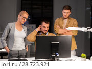Купить «business team with computer working late at office», фото № 28723921, снято 26 ноября 2017 г. (c) Syda Productions / Фотобанк Лори