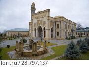 Купить «Городская мечеть пасмурным январским днем. Габала, Азербайджан», фото № 28797137, снято 3 января 2018 г. (c) Виктор Карасев / Фотобанк Лори