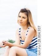 Купить «Портрет девушки в полосатой майке», фото № 28804937, снято 6 июня 2018 г. (c) Момотюк Сергей / Фотобанк Лори