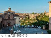 Купить «Siena street scene, Tuscany, Italy», фото № 28805013, снято 23 июня 2017 г. (c) Юрий Брыкайло / Фотобанк Лори