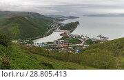 Купить «Вид сверху на центр города Петропавловска-Камчатского», фото № 28805413, снято 24 июня 2018 г. (c) А. А. Пирагис / Фотобанк Лори