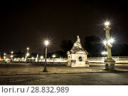 Купить «Place Concorde at night with sculpture Strasbourg», фото № 28832989, снято 5 сентября 2014 г. (c) Сурикова Ирина / Фотобанк Лори