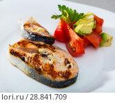Купить «Grilled salmon with tomatoes, avocado on white dish», фото № 28841709, снято 22 августа 2018 г. (c) Яков Филимонов / Фотобанк Лори