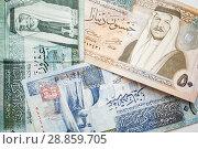 Jordanian dinars, banknotes with kings (2018 год). Стоковое фото, фотограф EugeneSergeev / Фотобанк Лори