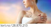 Купить «beautiful woman with earring, ring and pendant», фото № 28870213, снято 9 апреля 2016 г. (c) Syda Productions / Фотобанк Лори