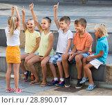 Купить «portrait of children spending time outside and playing charades», фото № 28890017, снято 19 февраля 2019 г. (c) Яков Филимонов / Фотобанк Лори