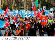 Купить «Thousands of protesters take part in The People's Assembly's NHS national demonstration marching in London against the government's programme of cuts in...», фото № 28892137, снято 4 марта 2017 г. (c) age Fotostock / Фотобанк Лори