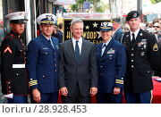 Купить «Gary Sinise Honored With Star On The Hollywood Walk Of Fame Featuring: Gary Sinise, Honor Guard Where: Hollywood, California, United States When: 18 Apr 2017 Credit: FayesVision/WENN.com», фото № 28928453, снято 18 апреля 2017 г. (c) age Fotostock / Фотобанк Лори