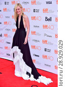 Купить «Elle Fanning (wearing an Emilio Pucci gown) at arrivals for ABOUT RAY Premiere at Toronto International Film Festival 2015, Princess of Wales Theatre,...», фото № 28929029, снято 20 ноября 2019 г. (c) age Fotostock / Фотобанк Лори