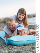 Купить «Children bathe in the sea», фото № 28937137, снято 7 июля 2018 г. (c) Типляшина Евгения / Фотобанк Лори