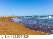 Купить «Deserted sandy beach. Tidal bore», фото № 28937829, снято 24 сентября 2015 г. (c) Евгений Ткачёв / Фотобанк Лори