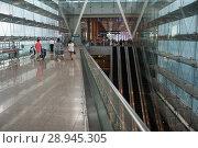 Купить «Singapore, Republic of Singapore, Departure Hall from Terminal 3 at Singapore Airport», фото № 28945305, снято 16 января 2017 г. (c) Caro Photoagency / Фотобанк Лори