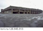 Купить «France, The bunker facility for German submarines in the port of La Pallice», фото № 28945913, снято 12 июля 2004 г. (c) Caro Photoagency / Фотобанк Лори