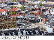 Berlin, Germany, Daecher of old buildings in Kreuzberg (2017 год). Редакционное фото, агентство Caro Photoagency / Фотобанк Лори