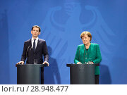 Berlin, Germany - Chancellor Angela Merkel, the Austrian Chancellor Sebastian Kurz (2018 год). Редакционное фото, агентство Caro Photoagency / Фотобанк Лори