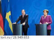 Купить «Berlin, Germany - Chancellor Angela Merkel and the Prime Minister of the Kingdom of Sweden Stefan Loefven.», фото № 28949653, снято 16 марта 2018 г. (c) Caro Photoagency / Фотобанк Лори
