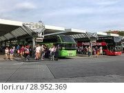 Купить «Berlin, Germany, people and coaches at the central bus station Berlin (ZOB)», фото № 28952369, снято 22 июля 2017 г. (c) Caro Photoagency / Фотобанк Лори