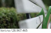 Купить «Bridal wedding beautiful shoes lgreen shoes on the green field uxury heeled closeup», видеоролик № 28967465, снято 8 августа 2018 г. (c) Aleksejs Bergmanis / Фотобанк Лори
