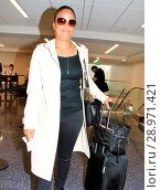 Купить «Laila Ali arrives at Los Angeles International (LAX) Airport Featuring: Laila Ali Where: Los Angeles, California, United States When: 24 Apr 2017 Credit: WENN.com», фото № 28971421, снято 24 апреля 2017 г. (c) age Fotostock / Фотобанк Лори