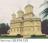 Купить «Cathedral in romanian city», фото № 28974133, снято 22 сентября 2017 г. (c) Яков Филимонов / Фотобанк Лори