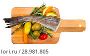 Купить «Top view of cod baked in country style», фото № 28981805, снято 16 июля 2019 г. (c) Яков Филимонов / Фотобанк Лори