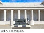 Купить «Rear of the Menin gate with pillars and names engraved and with a small replica of the Menin Gate in the grounds, Ypres, Belgium.», фото № 28988385, снято 5 июля 2018 г. (c) age Fotostock / Фотобанк Лори