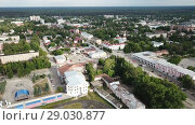 Купить «Panoramic aerial view of district of Gus-Khrustalny, Vladimir region, Russia», видеоролик № 29030877, снято 27 июня 2018 г. (c) Яков Филимонов / Фотобанк Лори