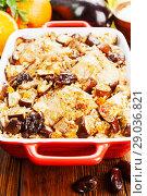 Купить «Chicken thigh baked with rice, eggplant and figs», фото № 29036821, снято 11 марта 2018 г. (c) Надежда Мишкова / Фотобанк Лори