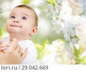 Купить «close up of sweet little baby with mother hand», фото № 29042669, снято 22 декабря 2007 г. (c) Syda Productions / Фотобанк Лори