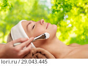 Купить «close up of young woman and cosmetologist in spa», фото № 29043445, снято 18 декабря 2014 г. (c) Syda Productions / Фотобанк Лори