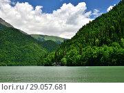 Купить «Highland Lake Ritsa in Abkhazia in June», фото № 29057681, снято 3 июня 2018 г. (c) Володина Ольга / Фотобанк Лори