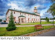 Купить «Богоявленская церковь Epiphany Church of the Iversky Monastery», фото № 29063593, снято 19 августа 2018 г. (c) Baturina Yuliya / Фотобанк Лори