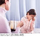 Купить «Mother reprimands her daughter», фото № 29066445, снято 26 марта 2019 г. (c) Яков Филимонов / Фотобанк Лори