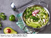 Купить «Pozole Verde in a metal casserole», фото № 29069921, снято 16 августа 2018 г. (c) Oksana Zh / Фотобанк Лори
