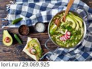 Купить «overhead view of meat Pozole Verde», фото № 29069925, снято 16 августа 2018 г. (c) Oksana Zh / Фотобанк Лори