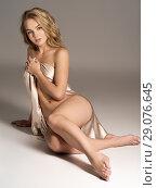 Купить «Sexy fit naked woman», фото № 29076645, снято 5 июля 2018 г. (c) Валуа Виталий / Фотобанк Лори