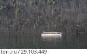 Купить «Konigsee boat view», видеоролик № 29103449, снято 12 сентября 2018 г. (c) Сергей Петерман / Фотобанк Лори
