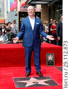 Купить «Television Producer Ken Corday Honored With Star On The Hollywood Walk Of Fame Featuring: Ken Corday Where: Hollywood, California, United States When: 15 May 2017 Credit: FayesVision/WENN.com», фото № 29112873, снято 15 мая 2017 г. (c) age Fotostock / Фотобанк Лори