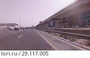 Купить «Salik system of collection of payments for fare on toll sections of the motorways of the emirate of Dubai», видеоролик № 29117005, снято 4 апреля 2018 г. (c) Юлия Машкова / Фотобанк Лори