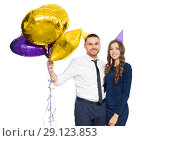 Купить «happy couple with party caps and balloons», фото № 29123853, снято 3 марта 2018 г. (c) Syda Productions / Фотобанк Лори