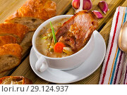 Купить «Scottish soup with lamb, root vegetables, pulses and barley», фото № 29124937, снято 23 октября 2018 г. (c) Яков Филимонов / Фотобанк Лори