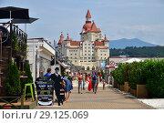 Купить «Sochi, Russia - May 29. 2018. gray silvery hotel Bogatyr in Imereti bay in Adler», фото № 29125069, снято 22 января 2019 г. (c) Володина Ольга / Фотобанк Лори
