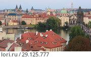 Купить «Прага. Красивый вид на город, крыши домов и набережную реки Влтава», видеоролик № 29125777, снято 19 сентября 2018 г. (c) Яна Королёва / Фотобанк Лори