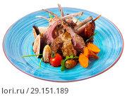 Купить «Roasted ribs of mutton with figs, vegetables, sauce demi-glace», фото № 29151189, снято 4 июля 2020 г. (c) Яков Филимонов / Фотобанк Лори